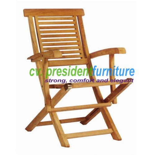 Teak Garuda Folding Arm Chair