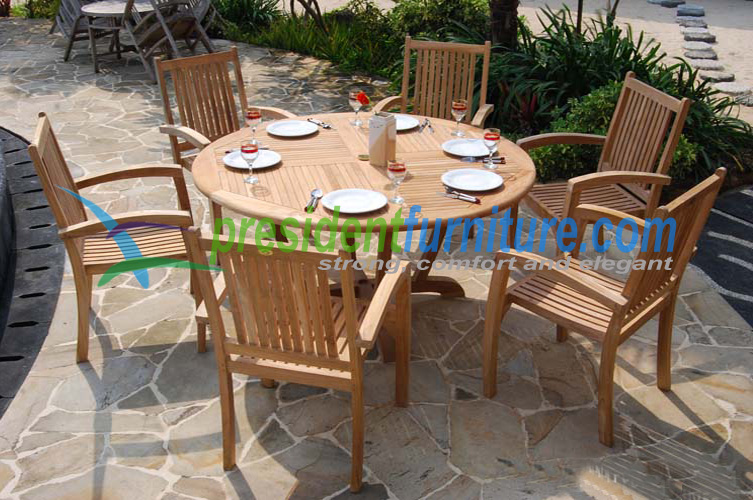 President teak stacking with round table